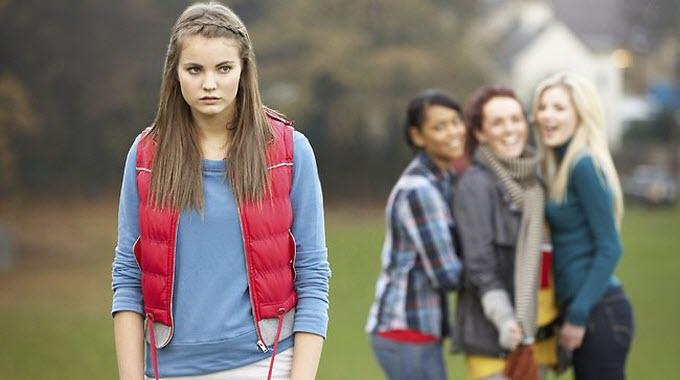8 Znakova da ste okruženi toksičnim prijateljima koji vas ne zaslužuju!