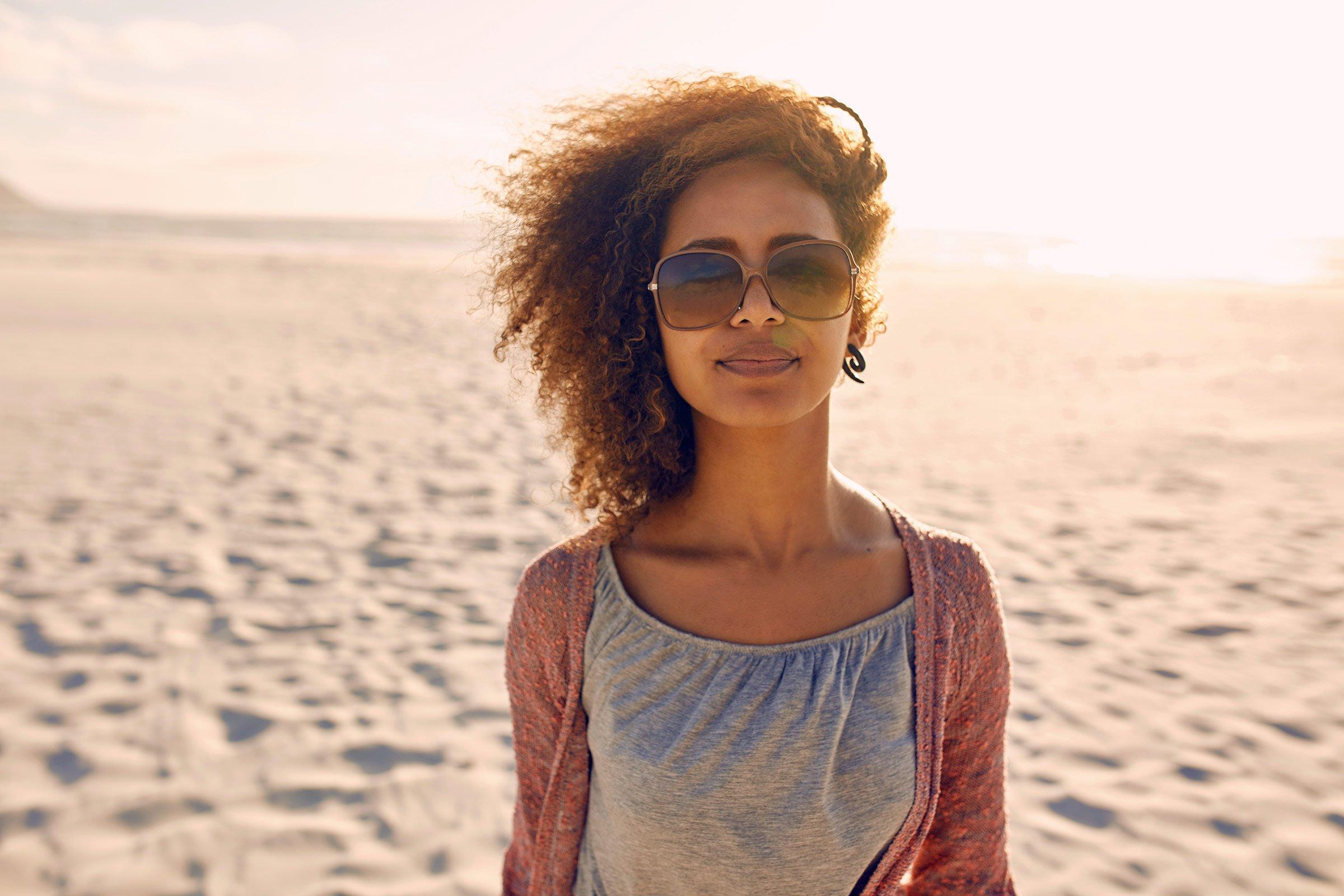 8 Razloga zašto NEVJEROVATNE žene imaju NAJGORI LJUBAVNI ŽIVOT