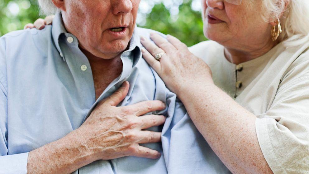 Mjesec dana PRIJE srčanog udara vaše tijelo će vas UPOZORITI sa OVIH 8 znakova