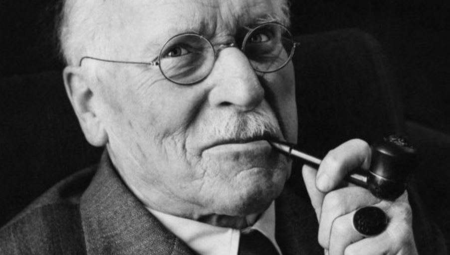 Uočite svu LJEPOTU oko vas! – Carl Jungovih 5 najvažnijih faktora za SREĆAN I ISPUNJEN život