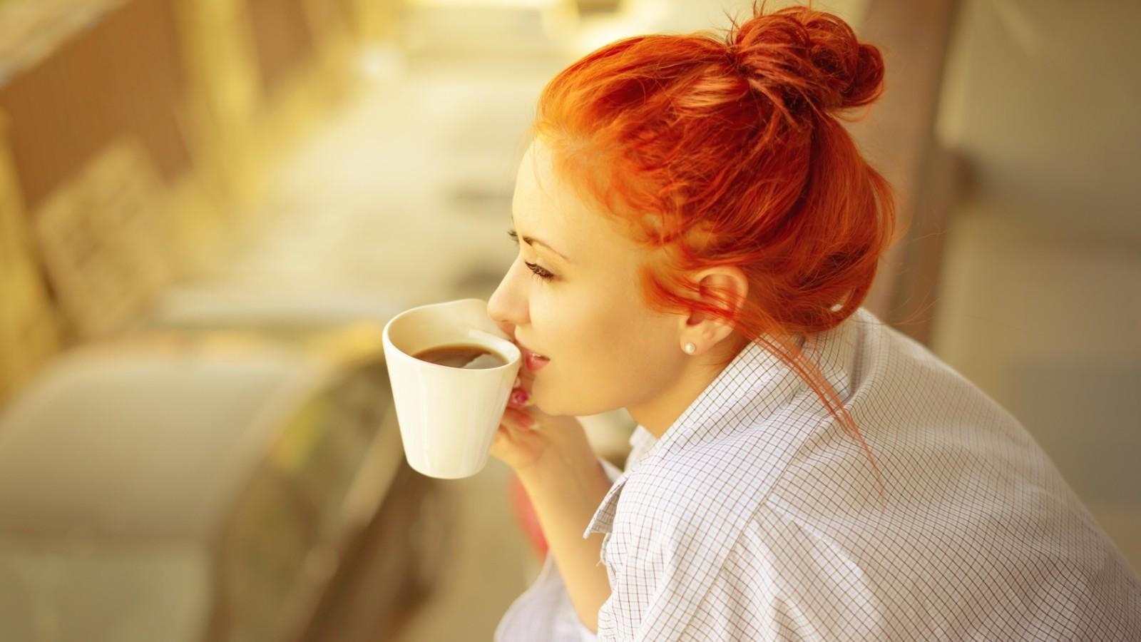 Kafa ima moćne zdravstvene PREDNOSTI: Evo KAKO utiče na vaše TIJELO i MOZAK u samo 6 sati