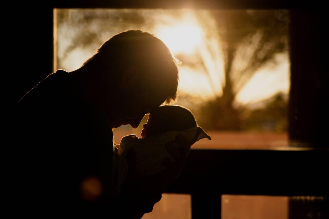 Bilješka jednog oca : ZAŠTO sam PLAKAO kada se RODILA moja ćerka