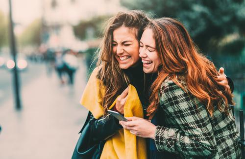 12 Znakova koji pokazuju da je vaš NAJBOLJI prijatelj zapravo vaš ANĐEO ČUVAR