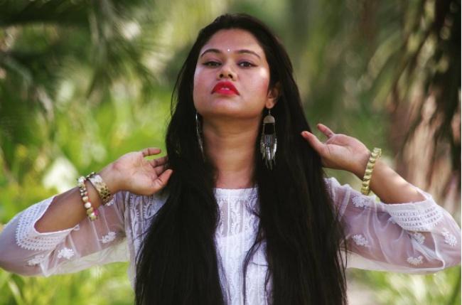 4 Indijske tajne ljepote za DUGU i ZDRAVU kosu!