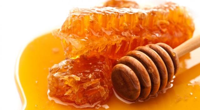 Nekoliko koristi meda koji zamjenjuju potrebu za modernom medicinom