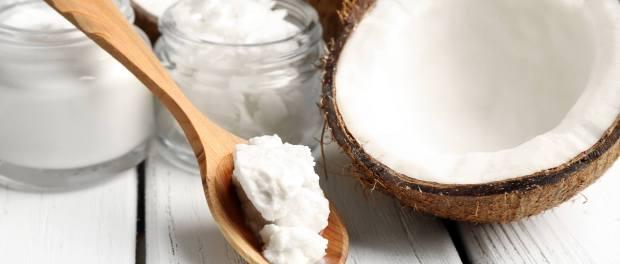 15 Razloga zašto biste trebali držati kokosovo ulje u vašem kupatilu