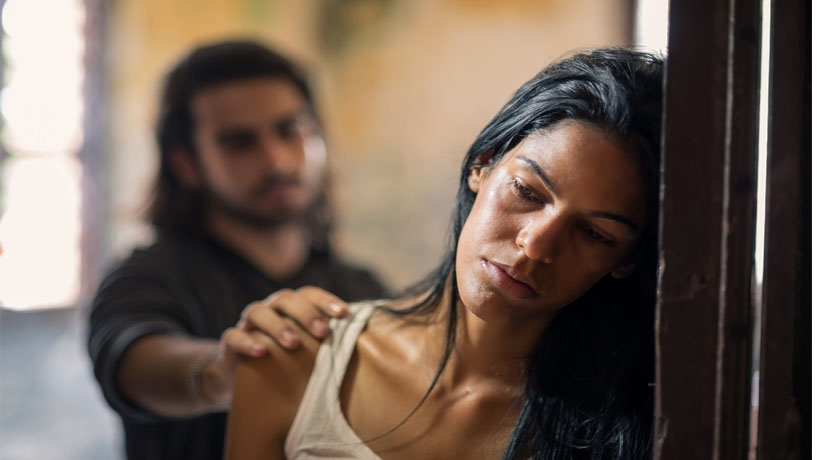 Pokažite joj da je volite bez obzira na sve : Kada je ona emocionalno ranjena , uradite ovo