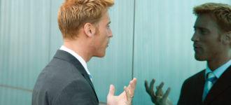 Ljudi koji pričaju sami sa sobom nisu ludi već su zapravo genijalci – evo zašto!