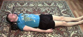Kako ispraviti vratne pršljenove za 1 minut. Odlična vežba za vratni deo kičme!
